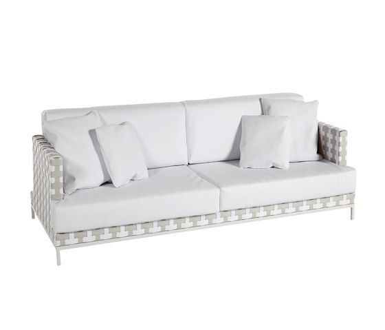 Caleta sofa 2 by Point by Point