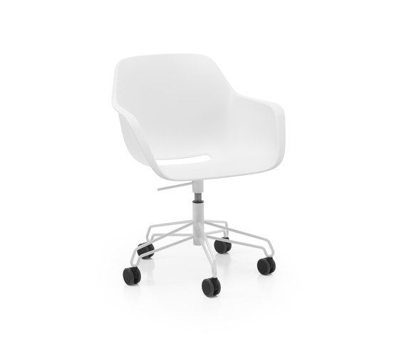 Captain´s Swivel Chair by extremis by extremis