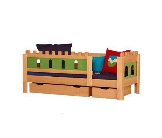 Castle Knight bed with drawers DBA-208.7 by De Breuyn by De Breuyn