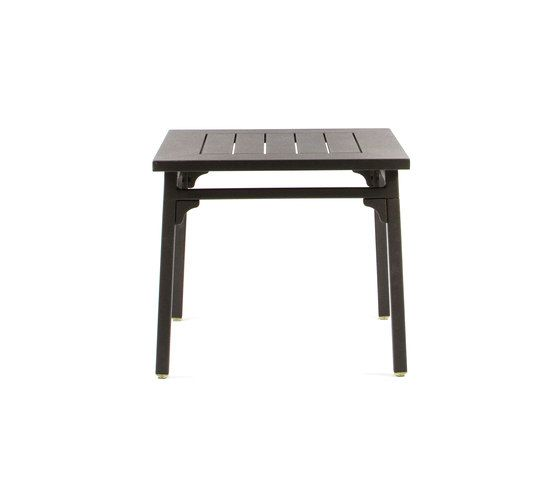 CL7949 Side table by Maiori Design by Maiori Design