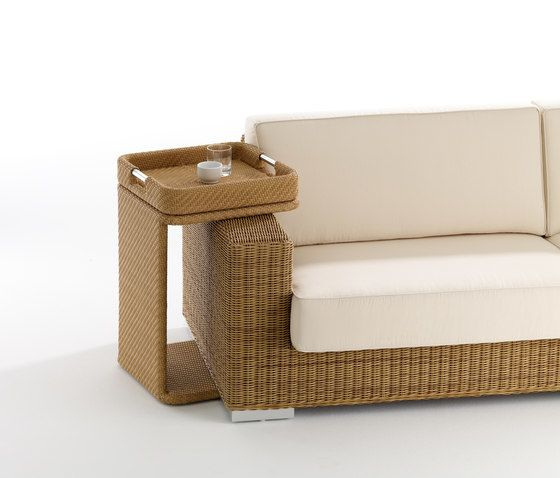 Combi low square table with tray by Point by Point