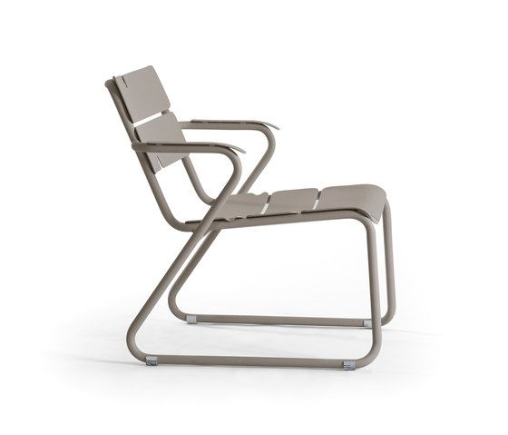 Corail Lounge Armchair by Oasiq by Oasiq