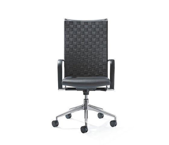 CORPO Swivel chair by Girsberger by Girsberger