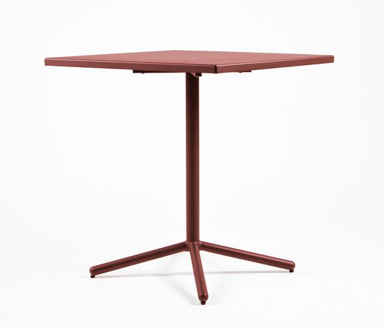 CP9105 Table by Maiori Design by Maiori Design