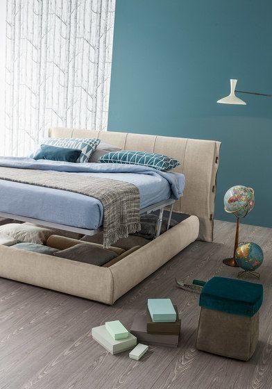 Cuff Bed by Bonaldo by Bonaldo