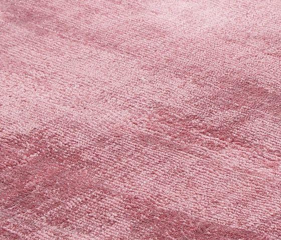 Evolution dusty rose, 200x300cm by Miinu