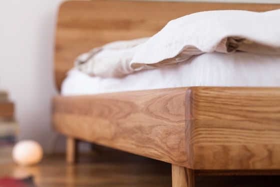 Fin Bed by Artisan by Artisan