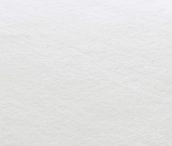Finery bright white, 200x300cm by Miinu