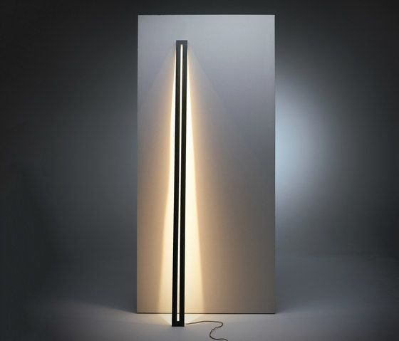 Framed leaning floor lamp by Jacco Maris by Jacco Maris