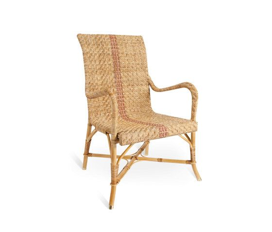 Gadea Armchair by Point by Point