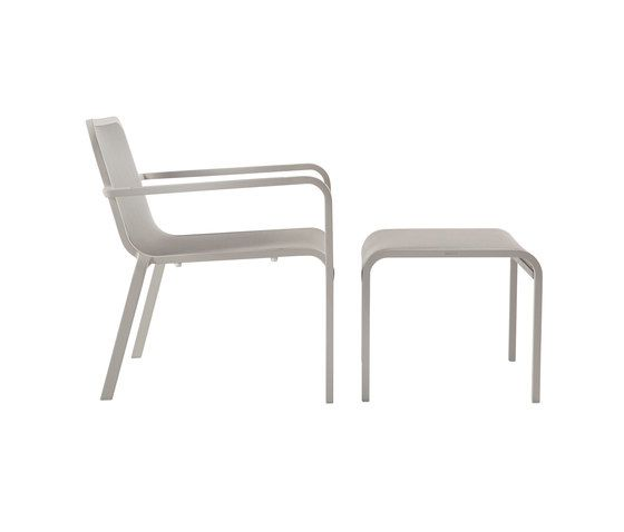 Helios chair with footstool/sidetable by Manutti by Manutti