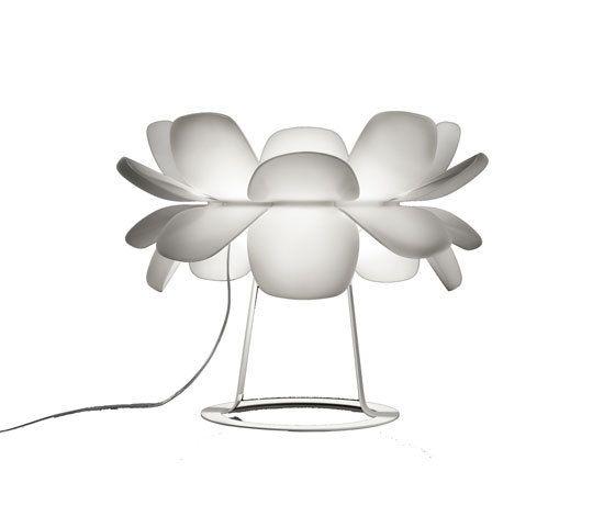infiore M-5807 table lamp by Estiluz by Estiluz