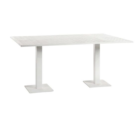 Japan dining table by Point by Point