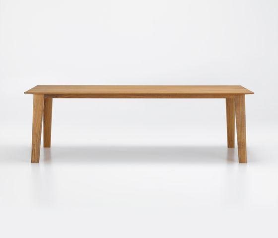 KAI Table by Girsberger by Girsberger