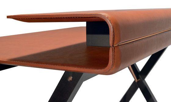 Kant desk by Frag by Frag