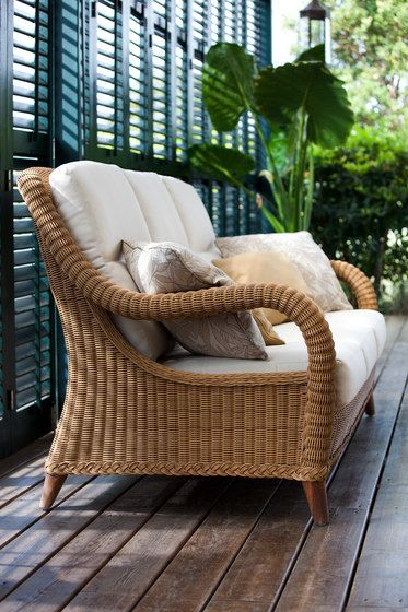 Kenya sofa 3 by Point by Point