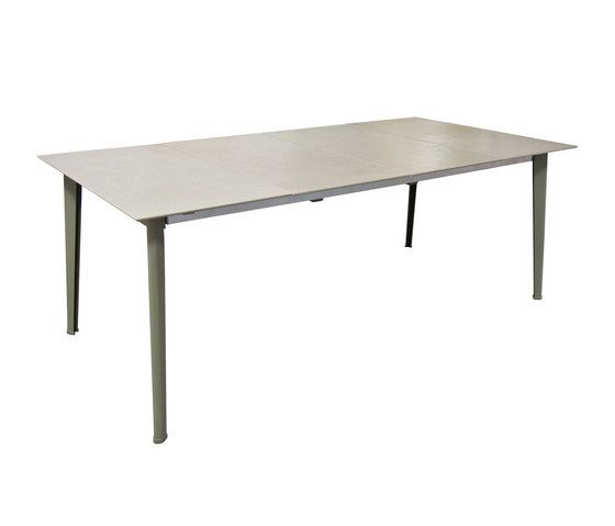 Kira extensible table with ceramic top by EMU