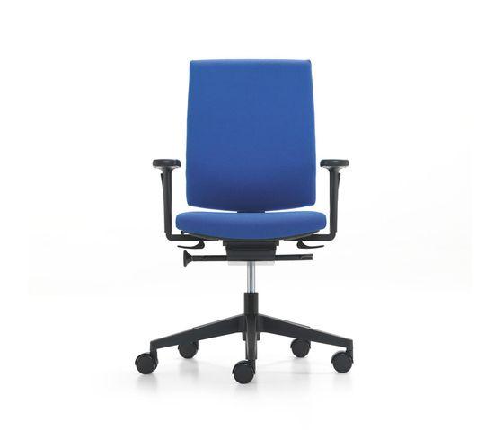 KYRA swivel chair by Girsberger by Girsberger