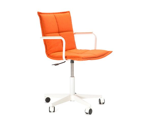 Lab ZB Chair by Inno by Inno