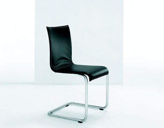 LIBERO Cantilever chair by Girsberger by Girsberger