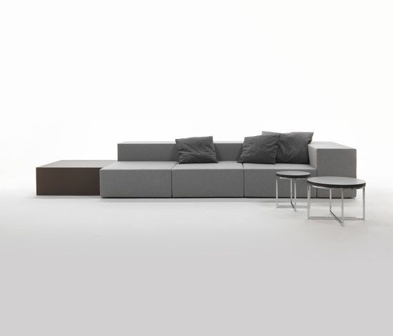 Lounge Sofa by Giulio Marelli by Giulio Marelli