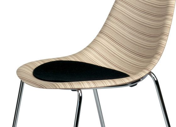 Luna chair 1310-20 by Plank by Plank