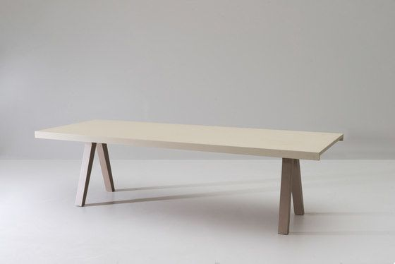 Maia dining table 6 guests by KETTAL by KETTAL