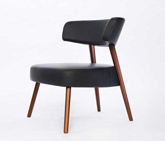 Marlon Lounge Chair by AXEL VEIT by AXEL VEIT