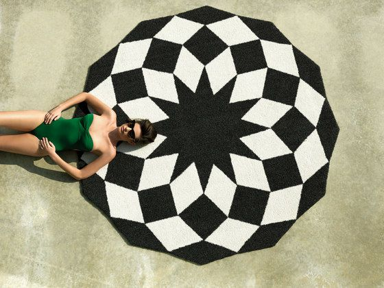 Marquis Rug - Black by Vondom