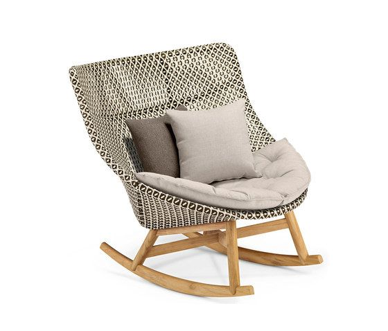 Mbrace Rocking chair by DEDON by DEDON
