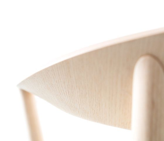 Mito chair by Conmoto by Conmoto