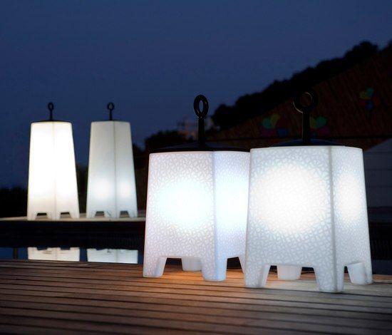 Mora Floor Lamp - 33 x 33 x 103 cm by Vondom