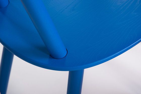 Naive chair blue by EMKO by EMKO