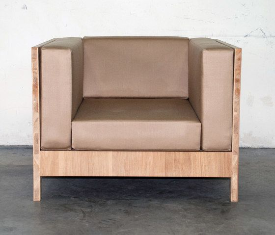 NF 98T Easy Chair by editionformform by editionformform