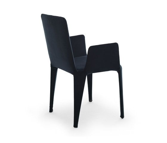Nova chair with armrests by Eponimo by Eponimo