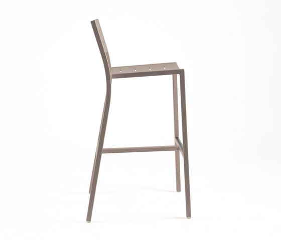 NS9534 Highchair by Maiori Design by Maiori Design