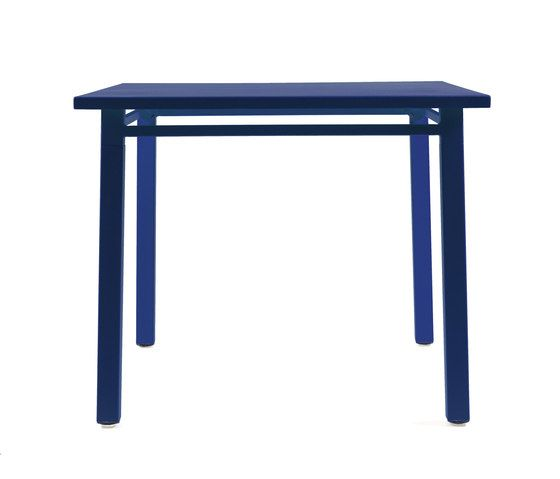 NS9556 Table by Maiori Design by Maiori Design