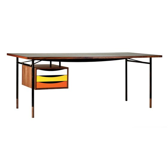 Nyhavn Table and Tray Unit by onecollection by onecollection