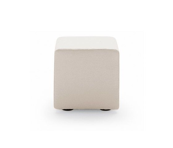 Play stool by Poliform by Poliform