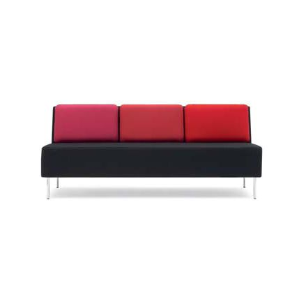 Playback sofa by OFFECCT by OFFECCT