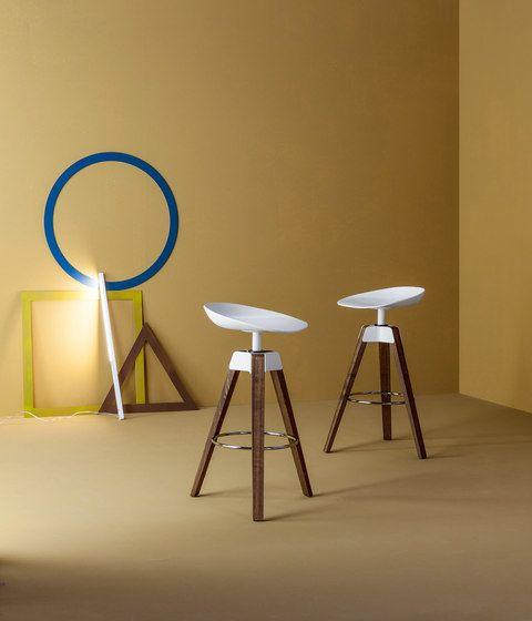Plumage Stool by Bonaldo by Bonaldo