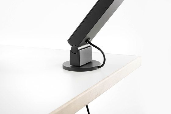 Radial | Table Pro 01 by LUCTRA by LUCTRA