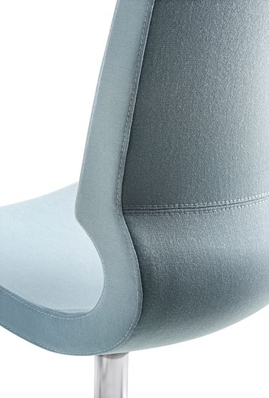 Ricciolina_swivel base with wheels and gas lift with pair of cushions for seat + back by Maxdesign by Maxdesign