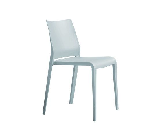 Riga 545 Stackable Chair by Desalto
