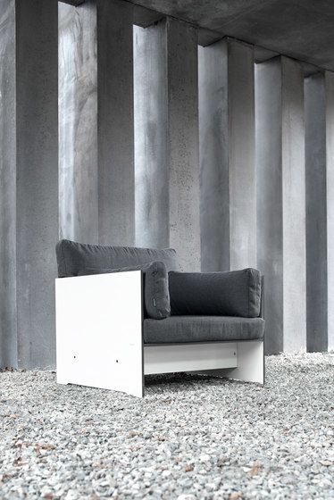 Riva lounge Lounger by Conmoto by Conmoto