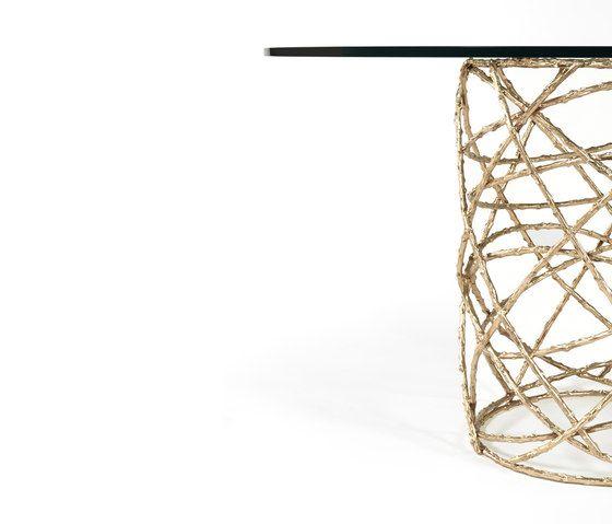 Rosebush | Dining Table by GINGER&JAGGER by GINGER&JAGGER