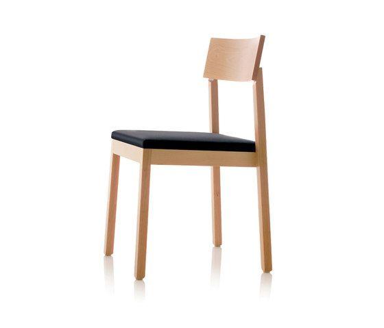 S11 chair by B+W by B+W