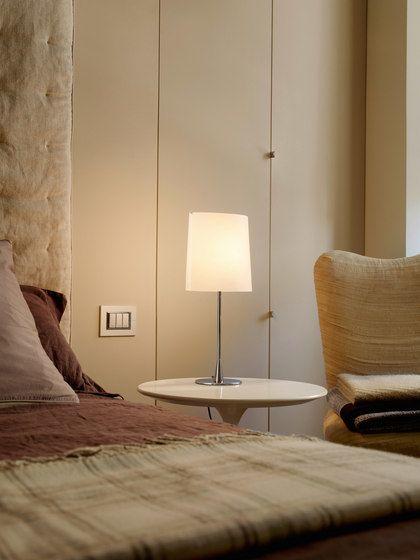 Sara Table lamp by FontanaArte by FontanaArte