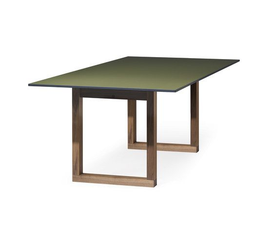 SC 25 Table   HPL with wood legs by Janua / Christian Seisenberger by Janua / Christian Seisenberger