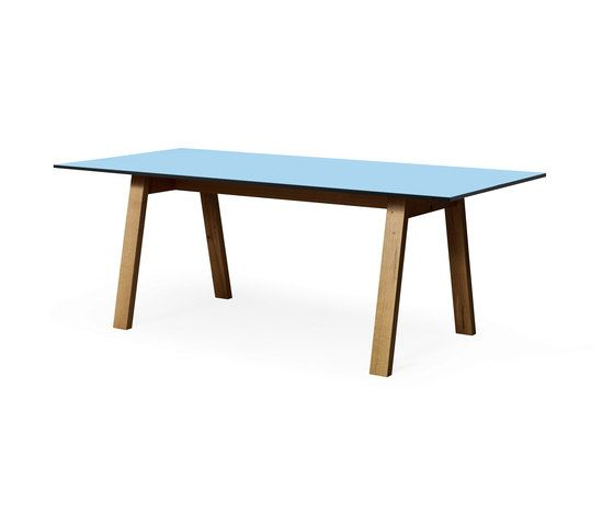 SC 50 Table | HPL with wood legs by Janua / Christian Seisenberger by Janua / Christian Seisenberger